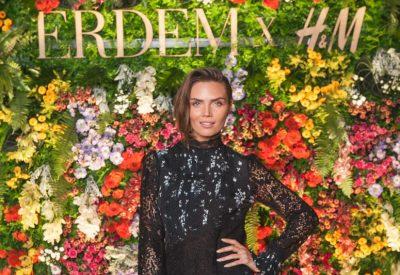 Kim Feenstra bij de lancering van Erdem x H&M