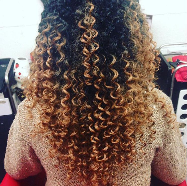 Haartrends 2019 - Dip-dye Curls 3