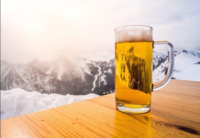 Prijs van een biertje in populaire après-ski gebieden