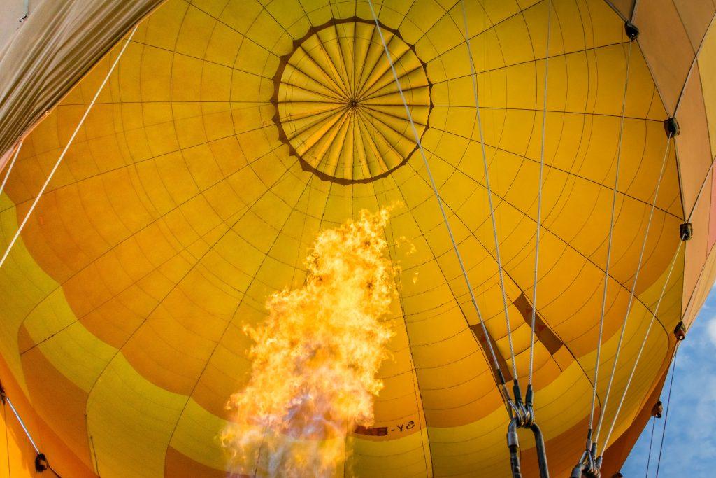 Lentegeel waar je vrolijk van wordt - luchtballonnen