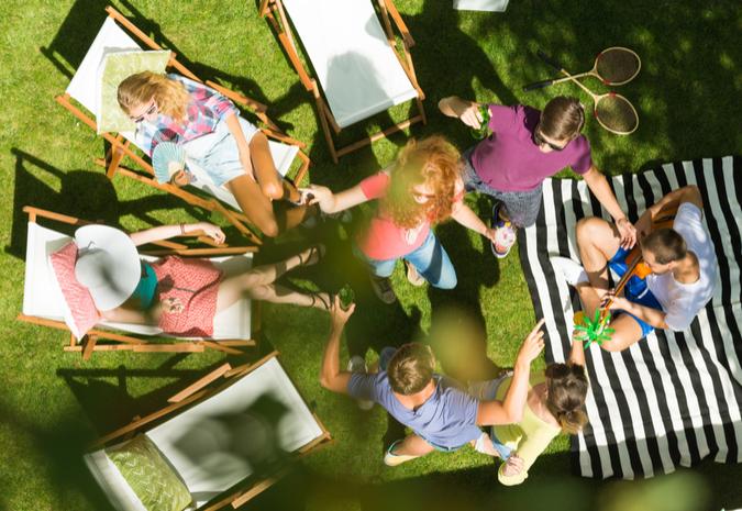 Vier de zomer op een loungekussen! Tips voor tuin en balkon