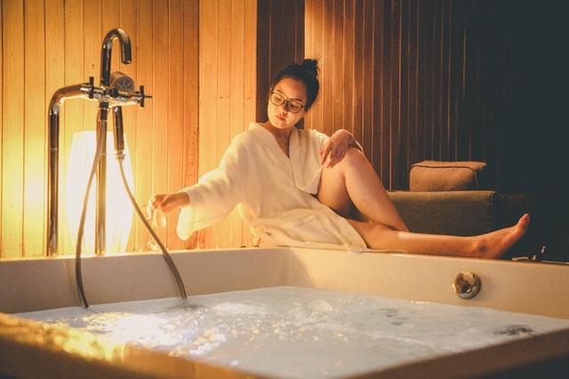 Een whirlpool in je badkamer thuis