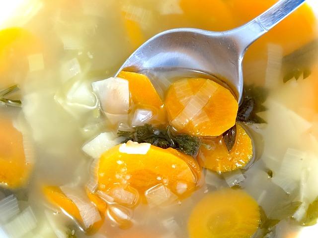 Soep maken van minder mooie groenten