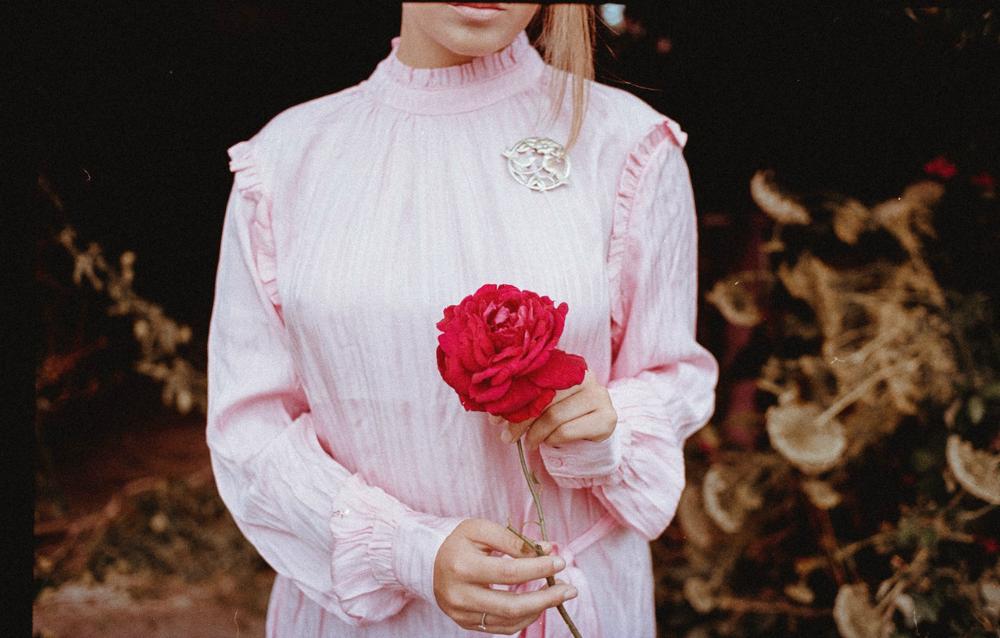 Een Victoriaanse jurk, de wintertrend van 2019