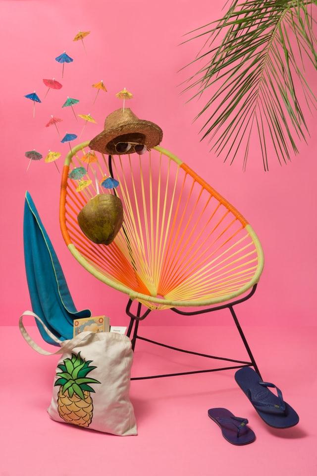 Nederlandse zomers vragen om een strohoedje, cocktail en goede zonwering