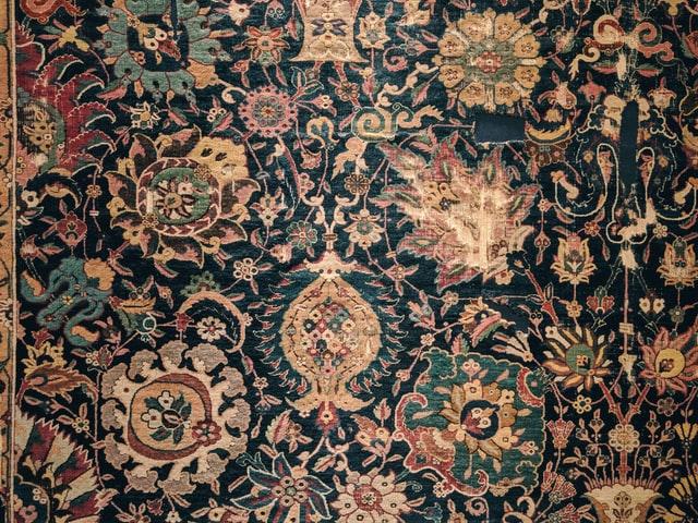 Een vintage of perzich tapijt