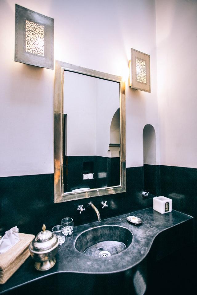 Vierkante en rechthoekige badkamerspiegels
