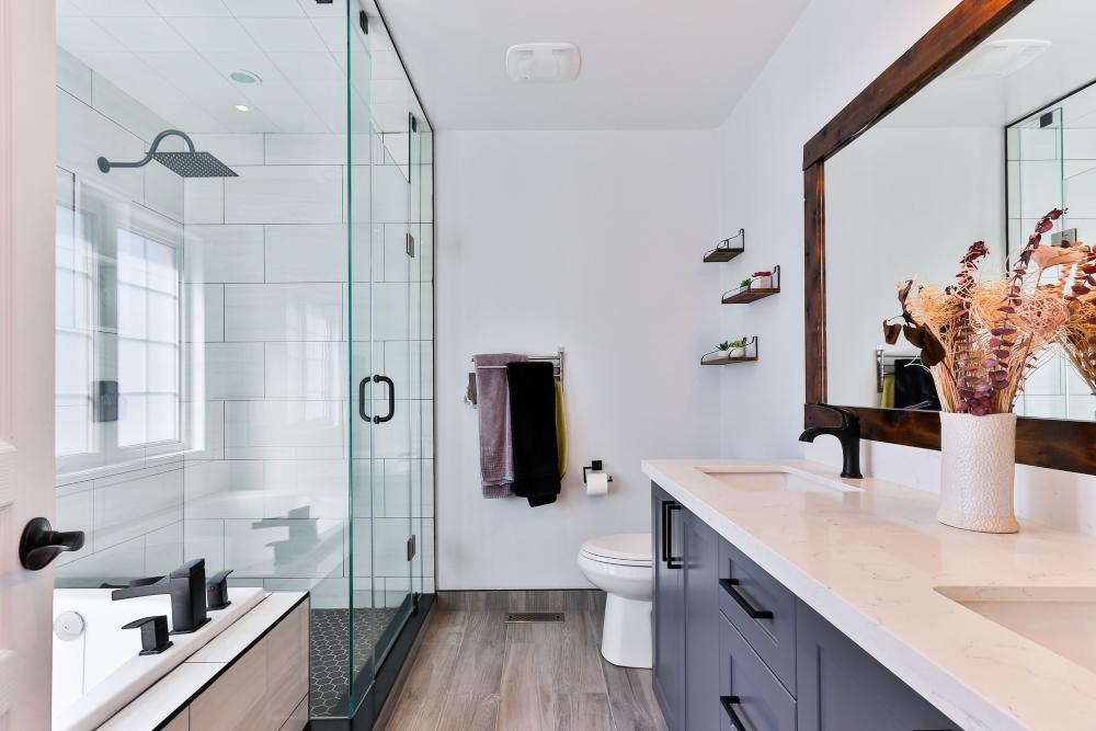 Zo bouw je een levensloopbestendige badkamer