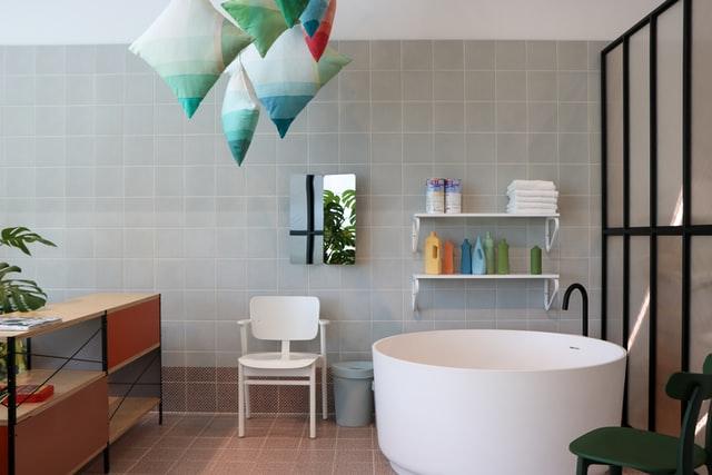 zitruimte in de badkamer