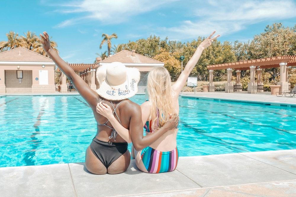 Bikini of badpak? Hoe Instagram onze badmode beïnvloedt