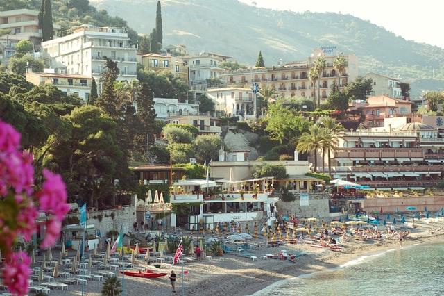 Boek-een-reis-naar-Taormina-Sicilie